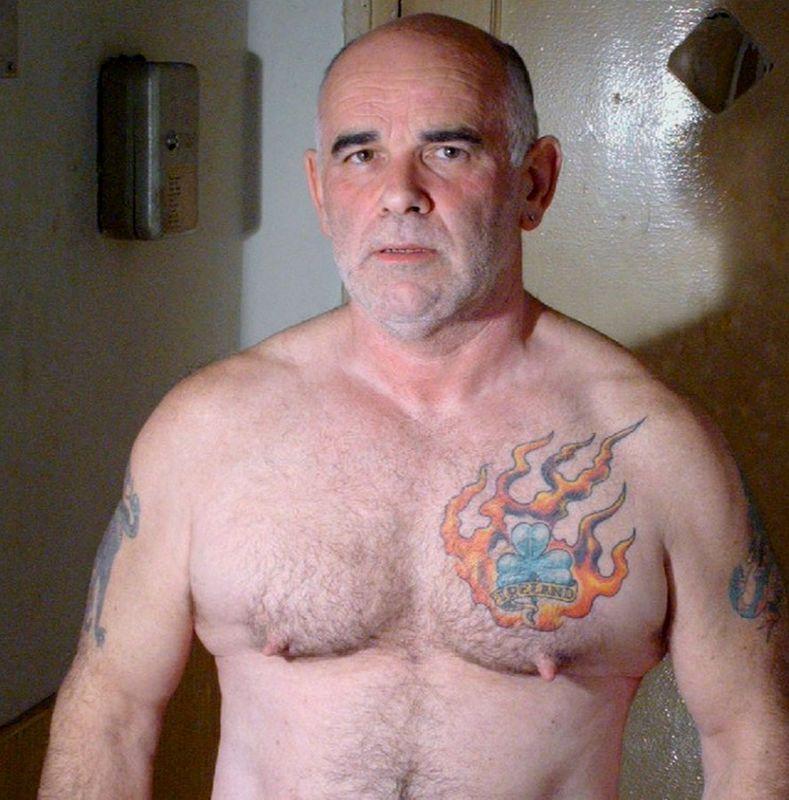 gay-irish-bear-inches-plus-porn