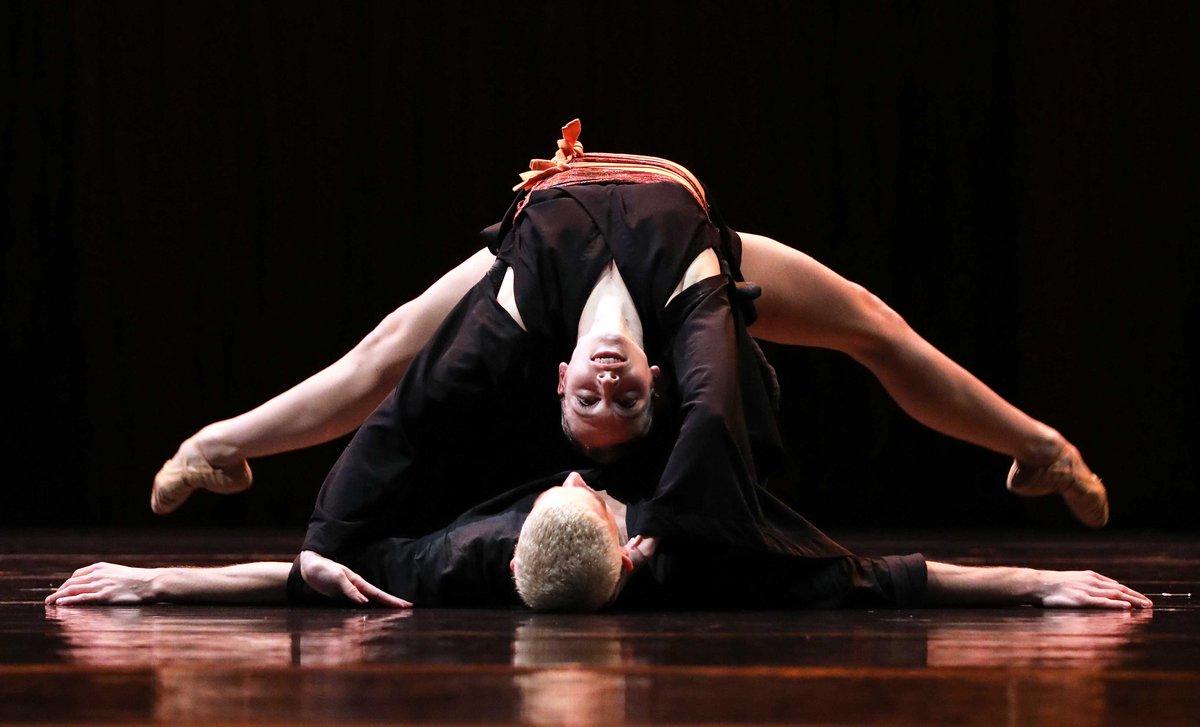toitoitweet > dancers LONG LIVE LARBI (LEVE LARBI) > enjoy the stage of #SPOT #Groningen tonight! > introdans.nl/long-live-larbi
