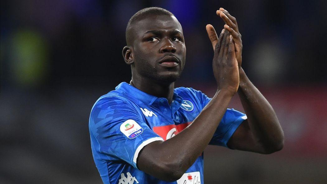 Manchester United have had a €110m bid for centre-back Kalidou Koulibaly rejected by Napoli. (Source: Gazzetta dello Sport)