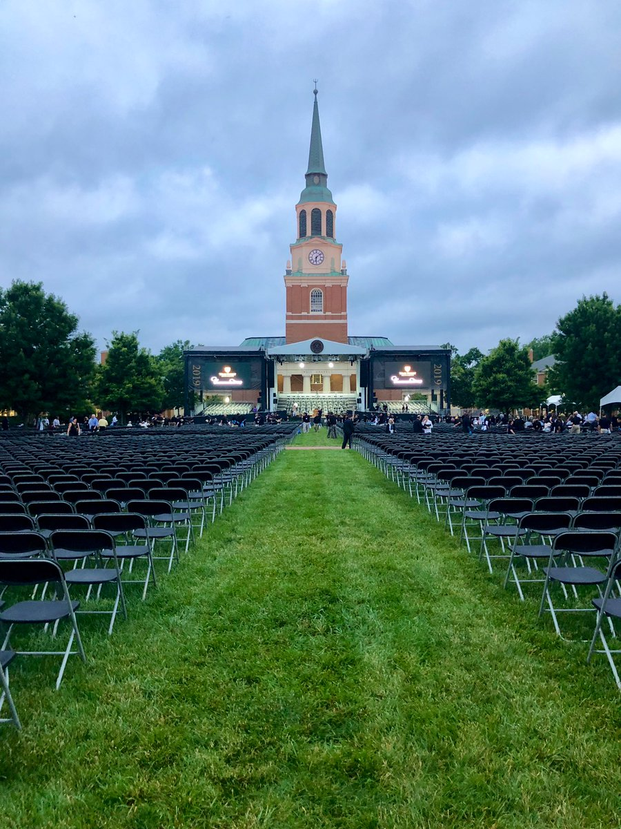 Good morning, #WFUGrad! 🎓 Ready to do this thing?  Livestream begins at 9 am: https://t.co/iBoyDNjwJs  Download a PDF of the Program: https://t.co/e9S8Le341s