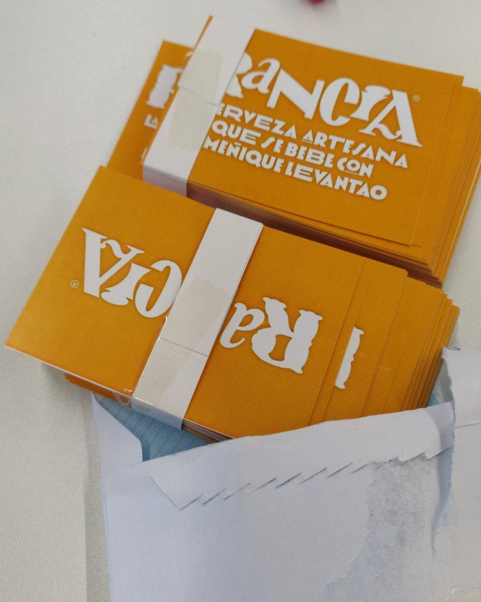 ¡Pegatas de @soyrancia! Regalazo de la imprenta de mi padre ♥️♥️