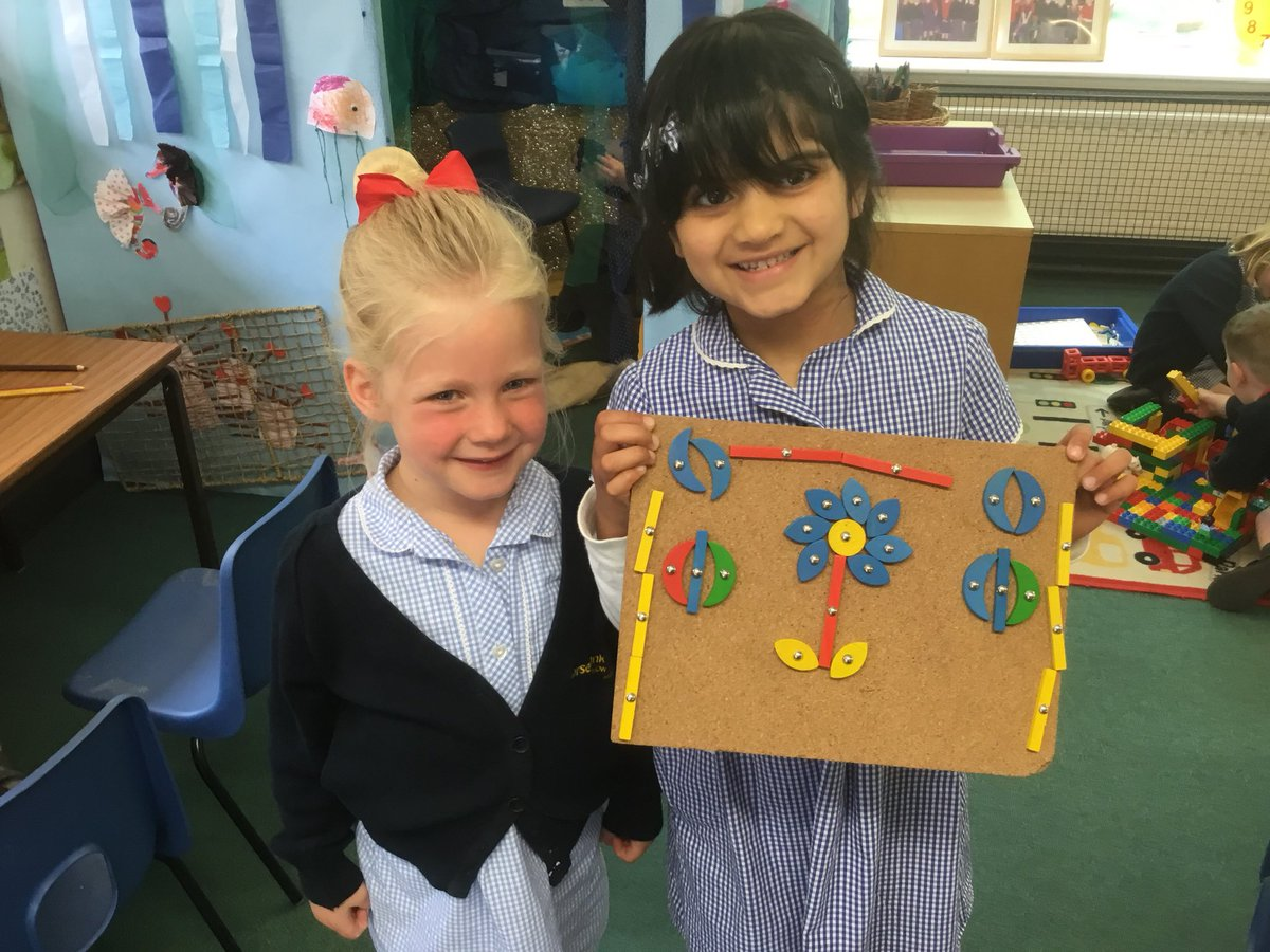 test Twitter Media - We made this lovely picture using different shapes with the tappy-tap today. What shapes can you spot? #gorseymaths #gorseyrec 🔴🔻🔵🔶⚪️ https://t.co/6w2OzHLZfF