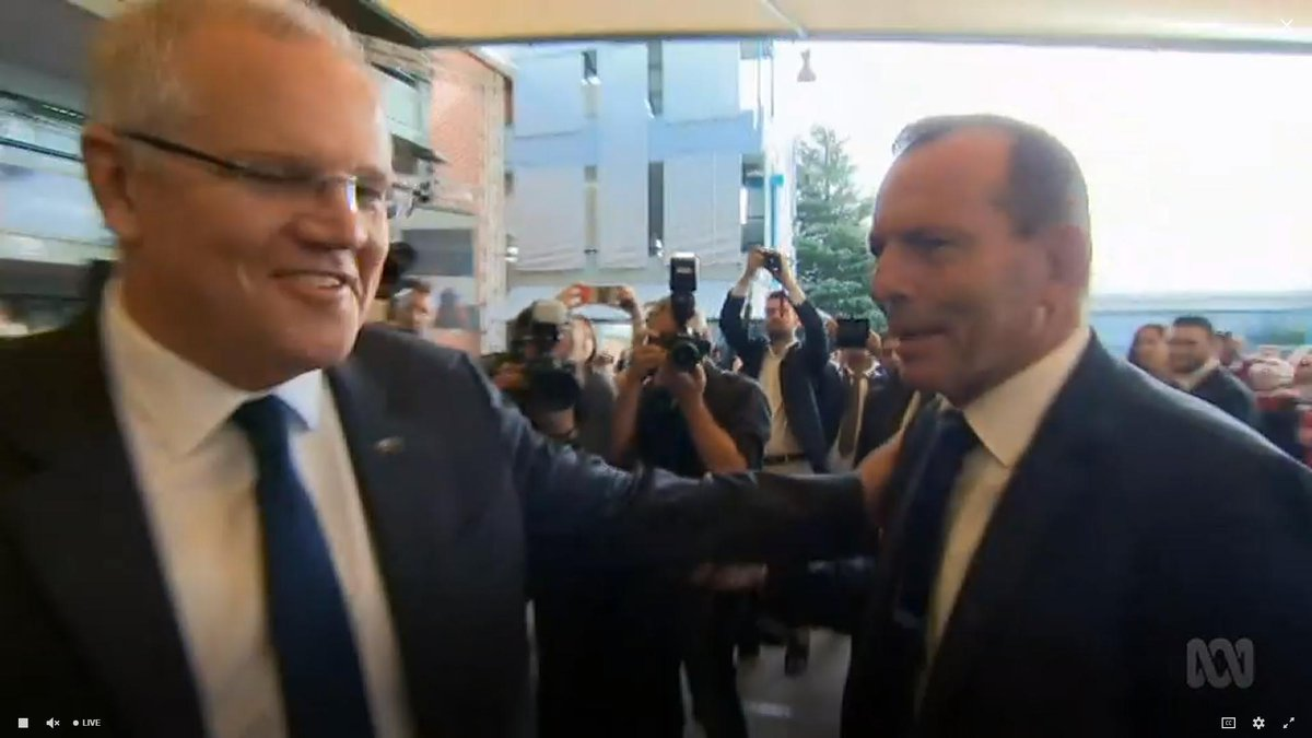 The #ScoMo pat of death!   #4corners <br>http://pic.twitter.com/5VSoA4KNM7