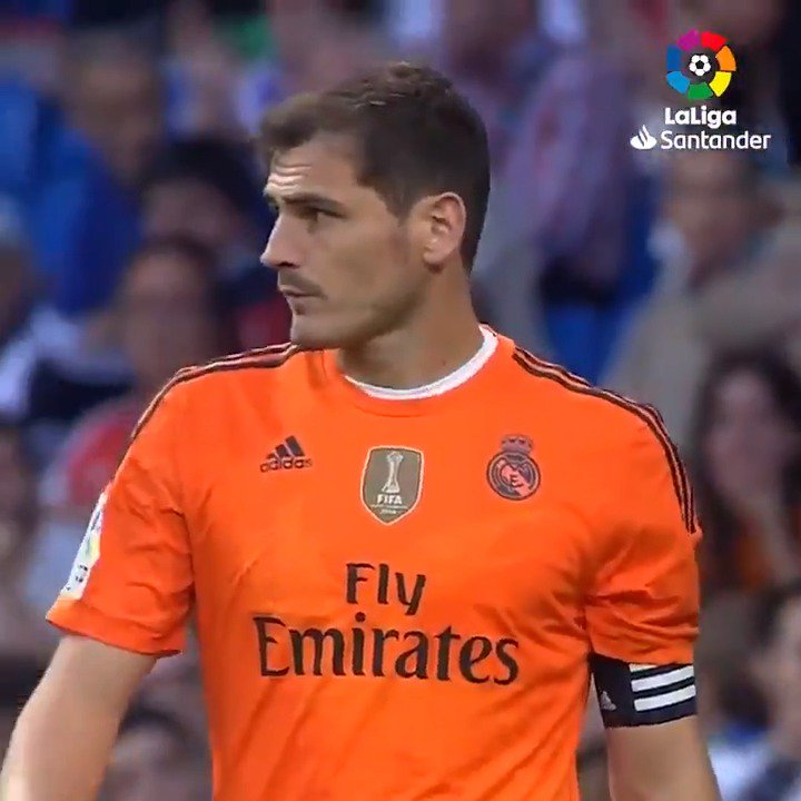 ☄SAN IKER☄  @IkerCasillas! 💪🎊🎁  #IniLaLiga