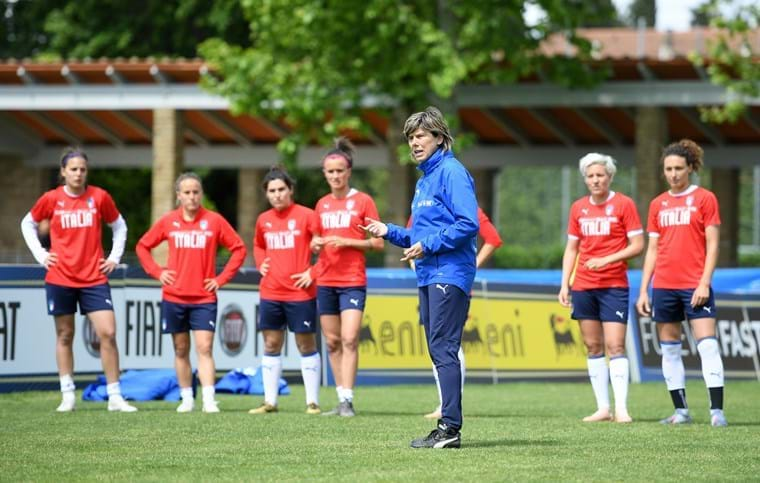 #ItalyWomen 🇮🇹  The #Azzurre are set to continue their preparations for this summer's #WorldCup  More details here ➡️ https://bit.ly/2VSuTML  #VivoAzzurro #FIFAWWC