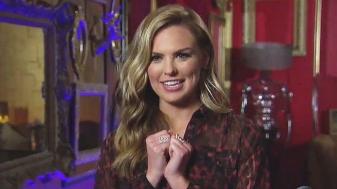 Bachelorette 15 - Hannah Brown - May 20th - Epi 2 - *Sleuthing Spoilers* - Page 2 D7AjW9VWsAABn5D