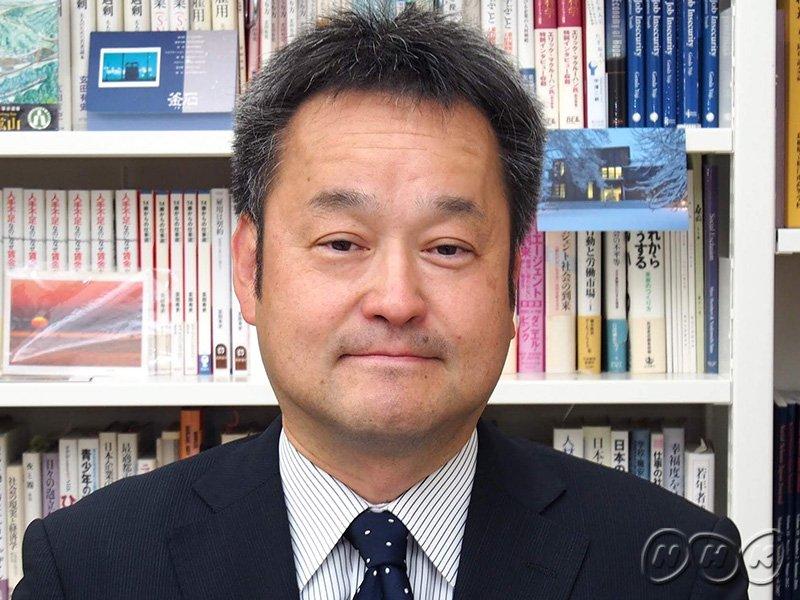 こんやの特集は「就職氷河期」世代への支援がテーマです。バブル崩壊後の不況の時期に高校や大学を卒業した人たちで30代後半から40代の人たち、まさにわたしたちの世代。なぜいま支援が叫ばれるのか、背景や現状を東京大学教授の玄田有史さんに聞きます(山) #NHKジャーナル