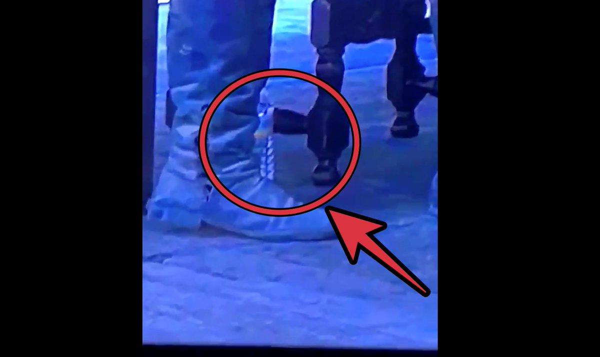 De los creadores de vaso de Starbucks, llega botella de agua en el final de Juego de Tronos