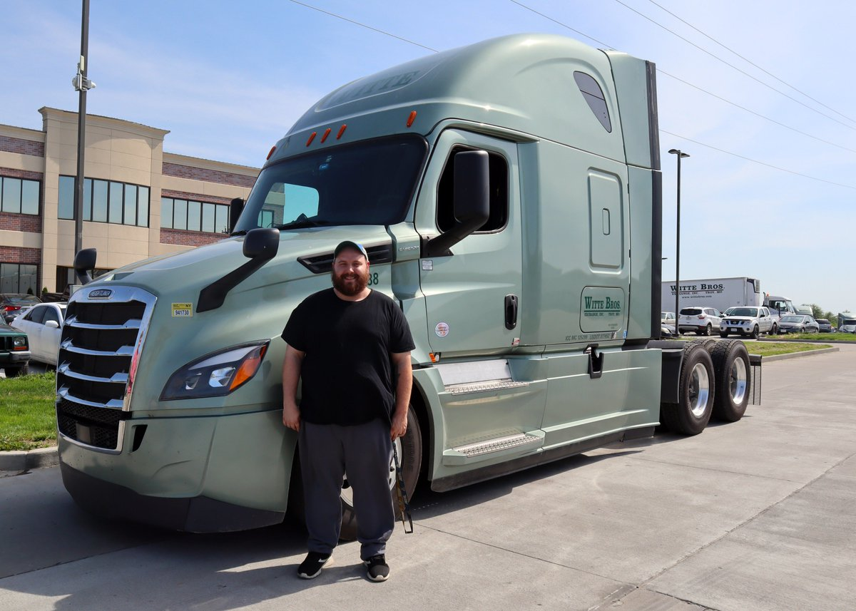 freightliner… tagged Tweets and Download Twitter MP4 Videos