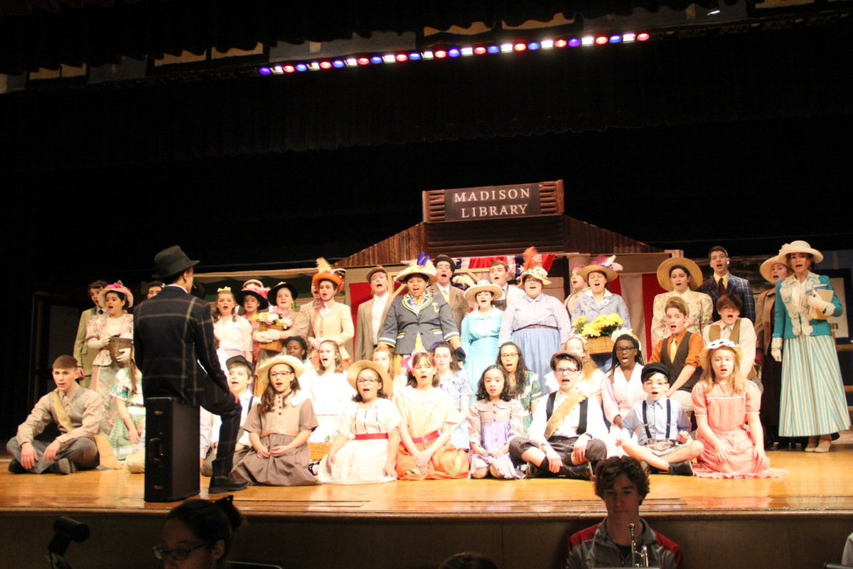 The Music Man wins awards, recognition at Stars of Tomorrow ceremony for Newark
