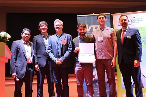 Researchers at @UoB_Engineering recently received an award at the @IEEE_VTS Conference in #kualalumpur for their development of a Connected and Autonomous Vehicle (#CAV) infrastructure that could guide future #DriverlessCars design. @BristolUni: http://bit.ly/2W1LFbz