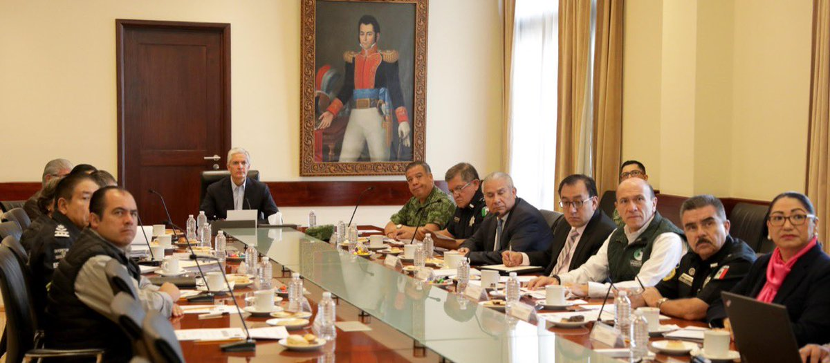 Damos seguimiento a los avances en materia de seguridad en la reunión con el Grupo de Coordinación Territorial para la Construcción de la Paz del #Edoméx que permita mejorar la calidad de vida de las familias mexiquenses.