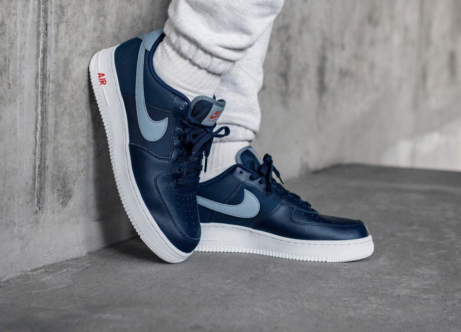 new styles 70876 b8152 ... navy colourway of the 3M-accented Nike Air Force 1  07 LV8 and cop from  Nike CA for just over  100! https   bit.ly 2YlgyVY pic.twitter.com  ffEY1AaVOP