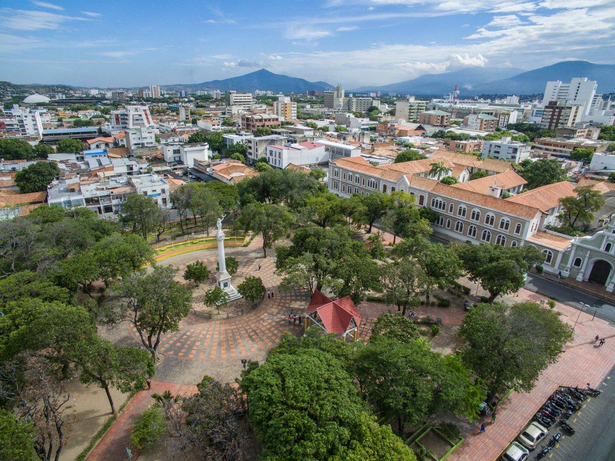 Los Manes del Drone on Twitter: Parque La Victoria o Colón como muchos lo conocen, uno de los lugares más tradicionales de Cúcuta. Al fondo, el cerro Tasajero. #Cúcuta #Colombia #Frontera #Tasajero #Drone #Droner #DJI #Phantom4…