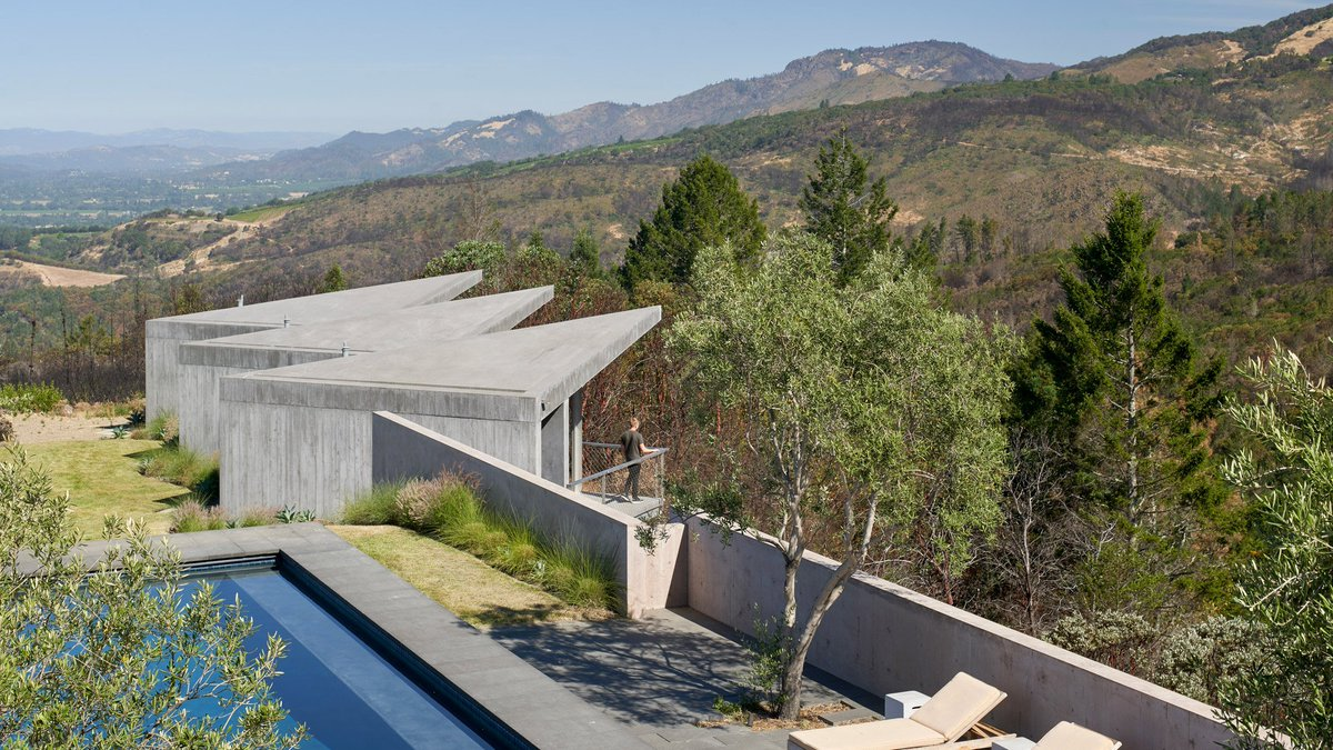 Mork-Ulnes designs Ridge House to endure wildfires in northern Californias wine country: at.dezeen.com/2LWpFuV