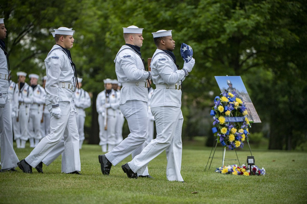 On Friday, U.S. Navy Ceremonial Guard helped conduct military funeral honors for Petty Officer 2nd Class Michael Brodsky in Section 60. Brodsky died in 2012 from injuries from a dismounted improvised explosive device blast in Afghanistan. (U.S. Army photo by Elizabeth Fraser)