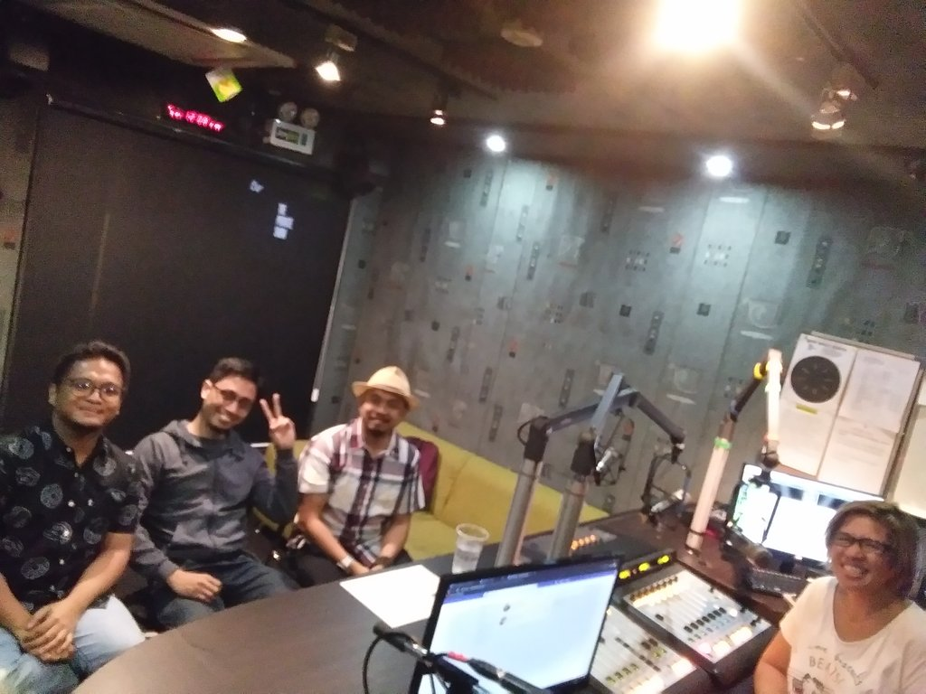 @kookytuason and Bigkas Pilipinas is now live on @Jam883 with @paolotiausas Warren Garcera and John Berida! #SpokenWord #Poetry #Word #Manila #ManilaPh – at Jam 88.3 Booth (Strata 2000)