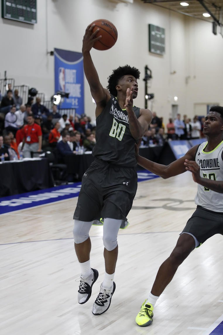 Risers from the NBA Combine: @terance_mann  Mann was particularly impressive on Thursday, stuffing the box score with seven points on 3-of-4 shooting, five rebounds and four assists. On both days, I was impressed with Mann&#39;s ability to move without the ball and defend one-on-one. <br>http://pic.twitter.com/r2EoNIePzm