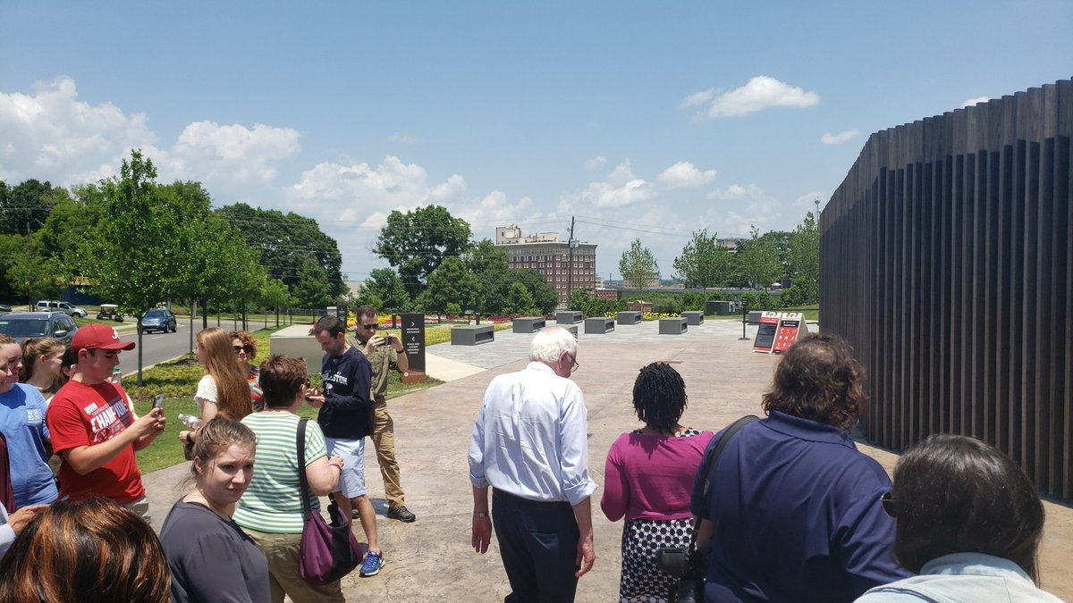 Heading into the National Memorial for Peace and Justice. This is the last leg of his tour before his town hall at Mt. Zion. <br>http://pic.twitter.com/SRR2PPHddf