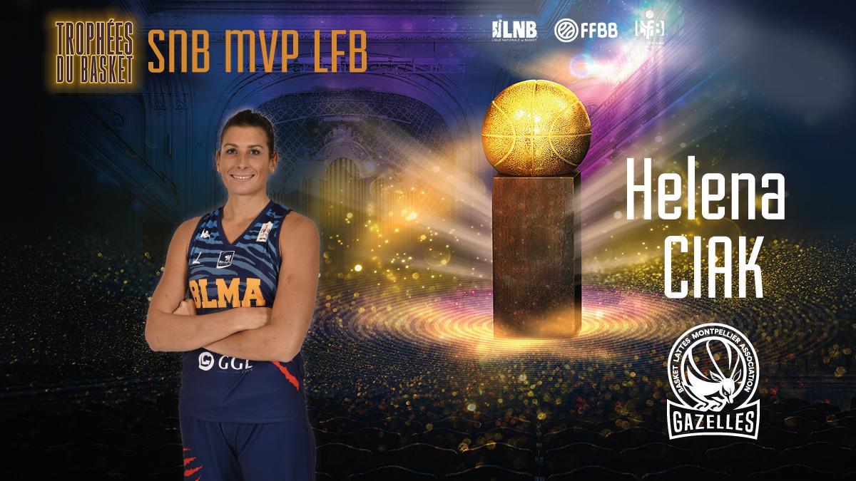 ✌️ Meilleure joueuse à l'évaluation de la saison régulière, @HelenaCiak, pivot du @BasketLMA, est désignée MVP #LFB 2019 #TropheesDuBasket 👏👏 @rudygobert27 et @laureboulleau lui remettent son 🏆