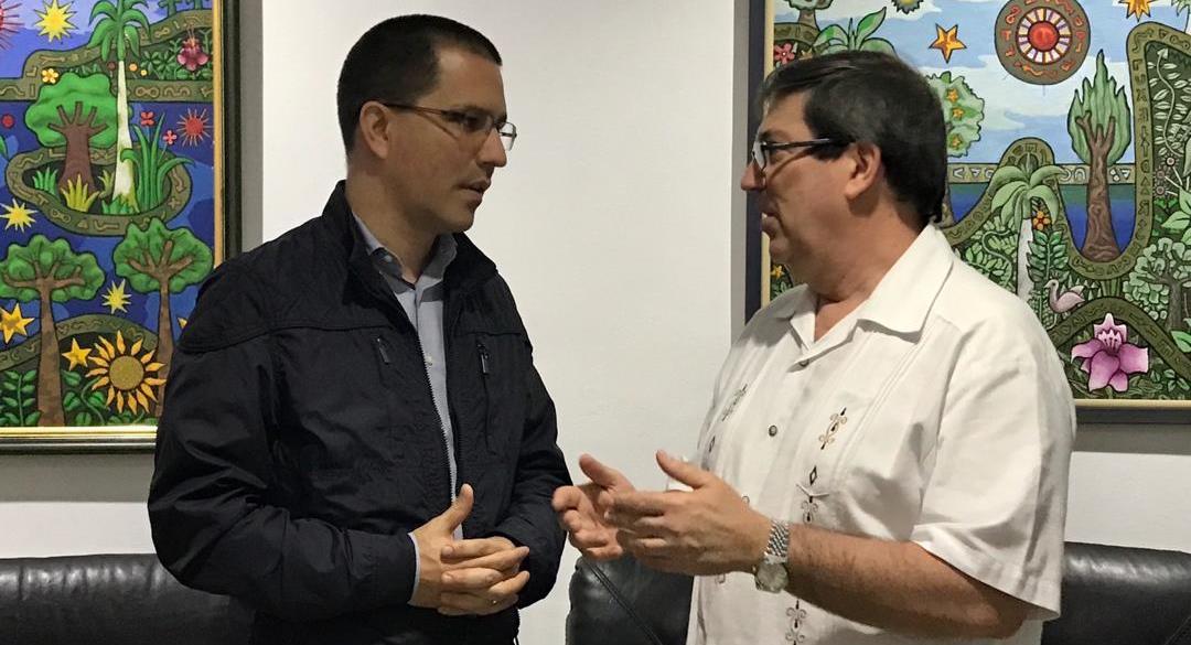 Recibe Canciller cubano a su homólogo de Venezuela