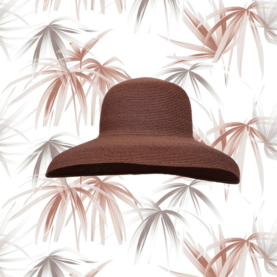 Benedetta, in #canapa di #Manila  Un #cappello perfetto per l'#estate e la #spiaggia. Intrecciato #amano, #madeinitaly e acquistabile sul nostro #shoponline  https://www.grevishop.it/benedetta.html