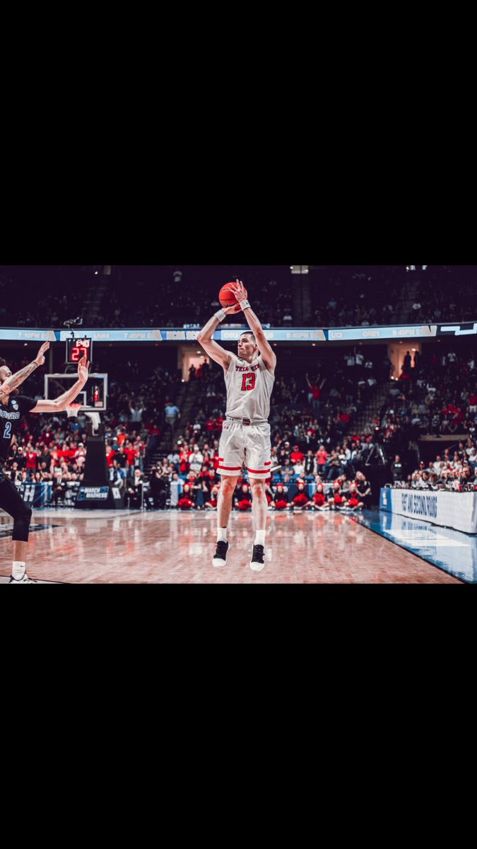 Ive listed some more game worn shoes from the NCAA tourney and the season, some wristbands, and some signed pictures. Ill be giving away some free signed pics in the next few weeks! ebay.com/itm/Matt-Moone…