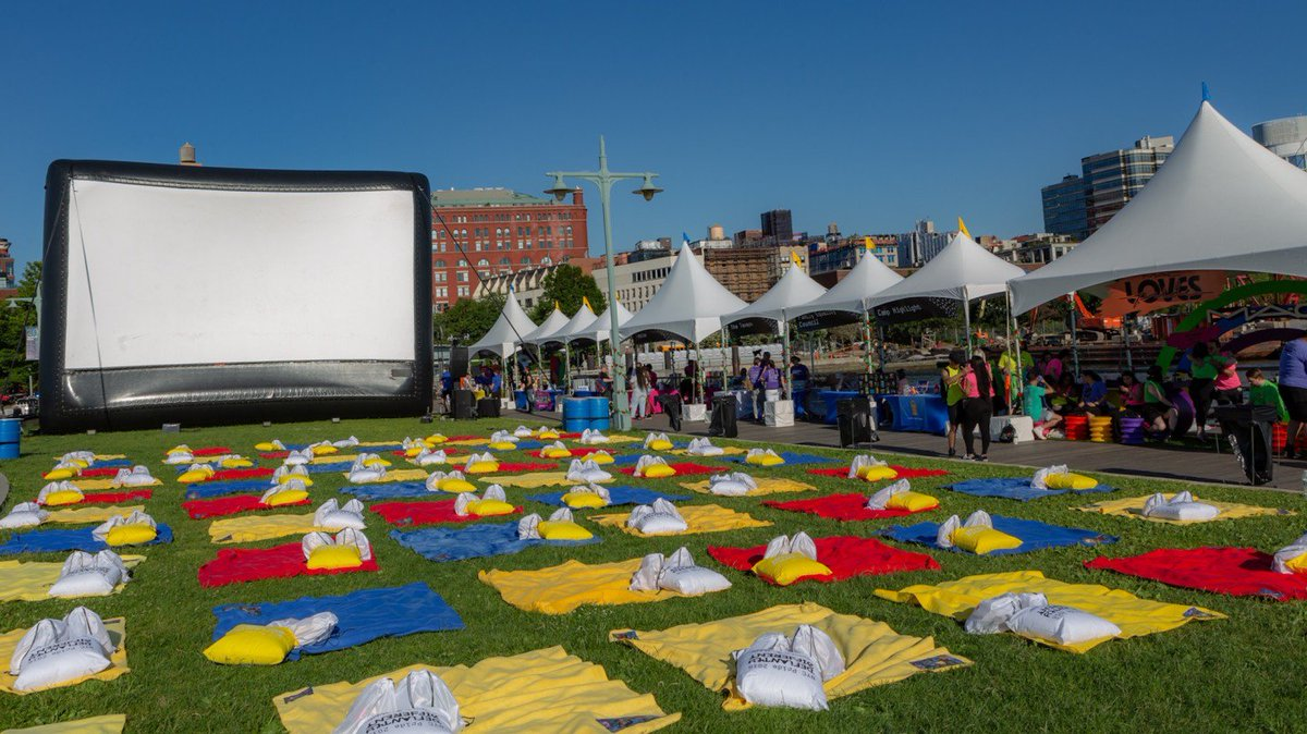 Family movie night returns to Pier 45 at Hudson River Park in Manhattan. Bid now for VIP seating for six guests. All miles redeemed benefit @TrevorProject: http://uafly.co/PrideExclusives