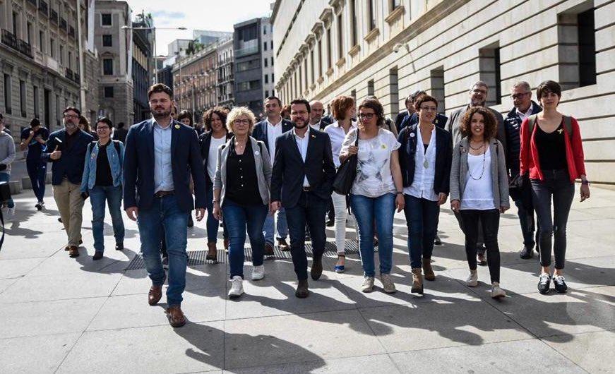 Una força de 28 diputats, diputades, senadores i senadors treballant per la república catalana. No defallirem!