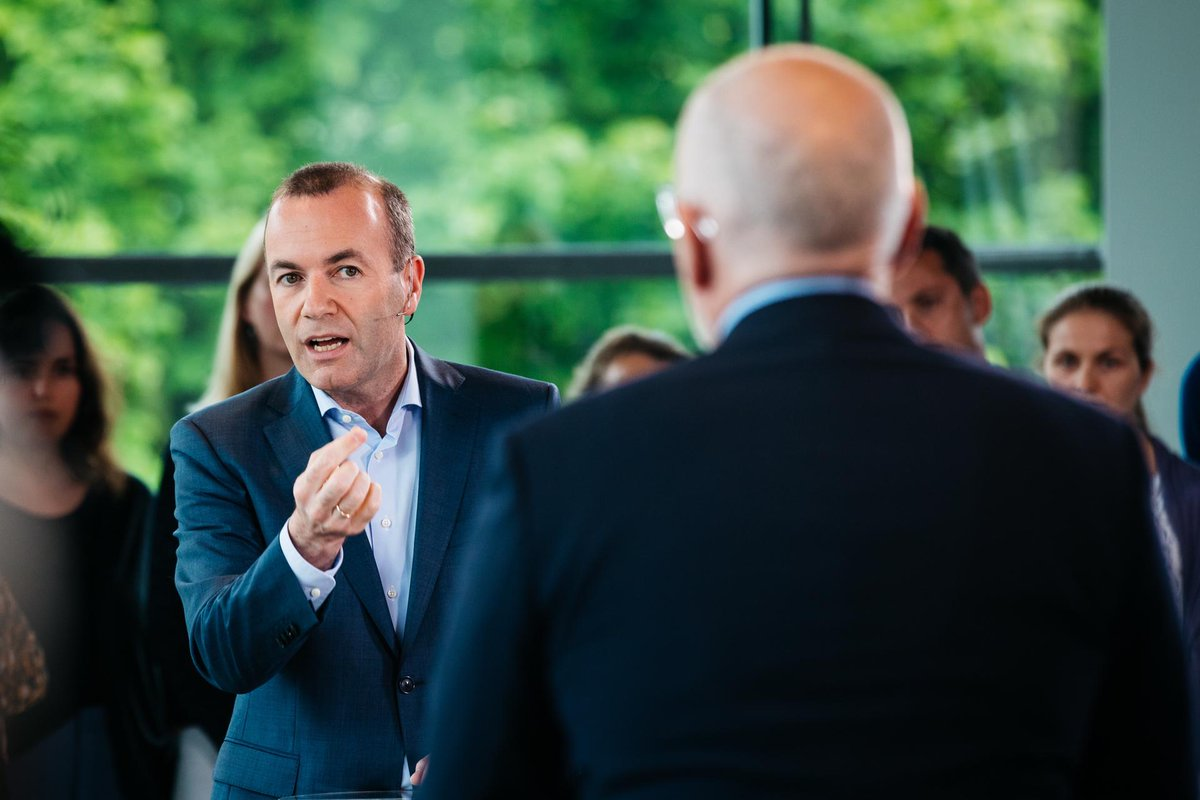 .@ManfredWeber at @Nieuwsuur debate in #Amsterdam: To protect our citizens I believe we need to make the exchange of #data about #terrorists and organised #crime mandatory. Europe should take the next steps to create a European #FBI.'' #ThePowerOfWE #StrongerTogether