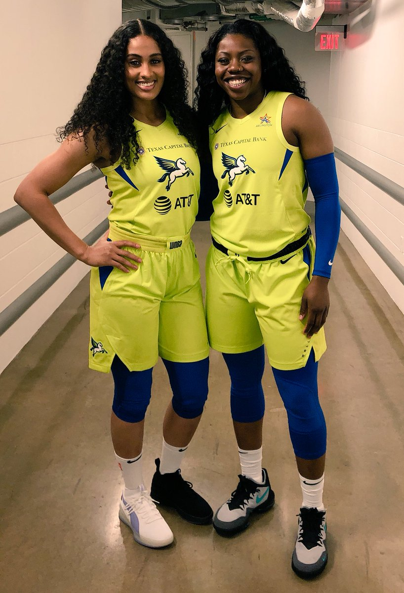 That's a scary sight.. ⚠️ @SkyDigg4