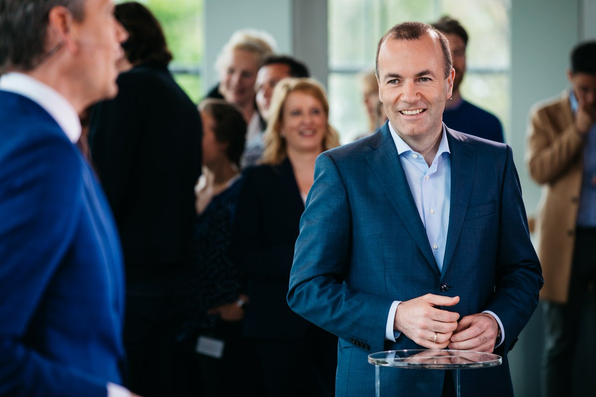 .@ManfredWeber at #Nieuwsuur debate ''Like in any #election in #Europe, also for the #EP2019, it should be clear who the candidates are & what ideas they are proposing for the future. With the lead candidate system, we want to give citizens a real say in the #FutureOfEurope.''