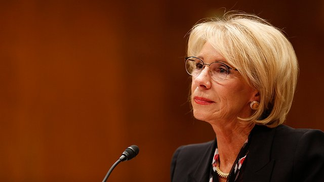 #BREAKING: Federal watchdog says DeVos used personal emails for work http://hill.cm/0xA2foq