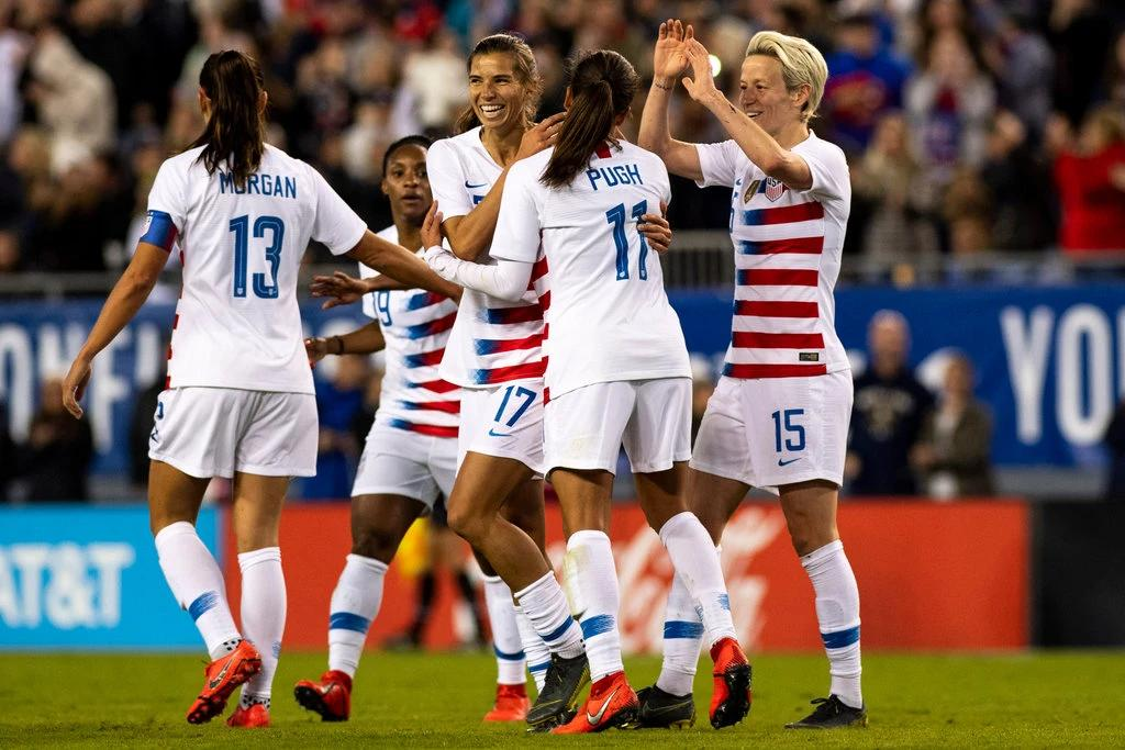U.S. Women's Soccer Team @USWNT Sues U.S. Soccer for Gender Discrimination https://www.nytimes.com/2019/03/08/sports/womens-soccer-team-lawsuit-gender-discrimination.html… #wiunion #nhpolitics #mapoli   Female Soccer Star Plans to Win For Her Country On and Off The Field  https://youtu.be/YE48rB8pPVI