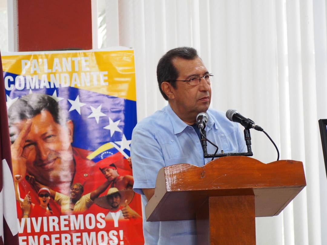Un proceso electoral limpio, con un Sistema Electoral transparente y reconocido mundialmente como el mejor gracias al empeño del Cmdte. Hugo Chávez acota el embajador Adán Chávez en acto de solidaridad con la Revolución Bolivariana #1AñoDeVictoriaPopular