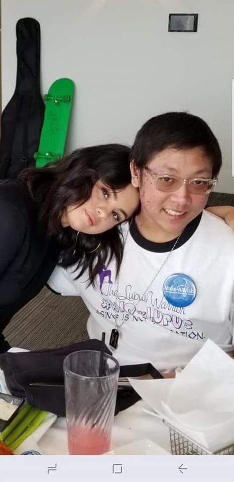 Selena Gomez spent some time with a Fan who is suffering from Lupus for Make A Wish Foundation [March 5]  📷 @selenagomez paso el tiempo con un Fan que sufre de Lupus con la Fundación Make A Wish [Marzo 5]