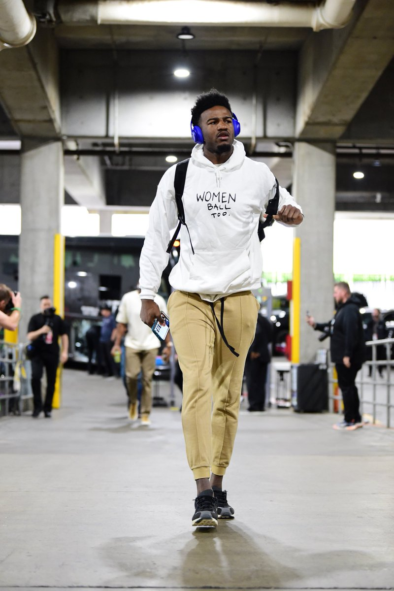 Women ball too. @1jordanbell arrives in the Fear of God x Nike Air Skylon 2.
