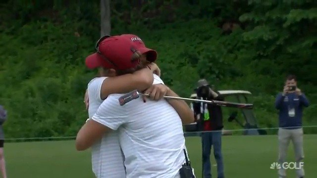 Woo Pig Sooie! @RazorbackWGolf's Maria Fassi is in great shape to take home the #NCAAGolf individual 🏆 after a third-round 68!