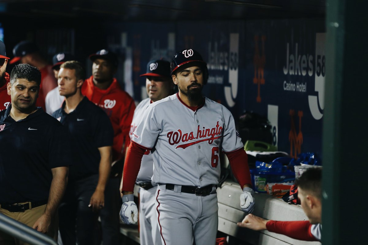 Here's your nightly Anthony Rendon HR video.MID 4 // Mets 4, #Nats 2