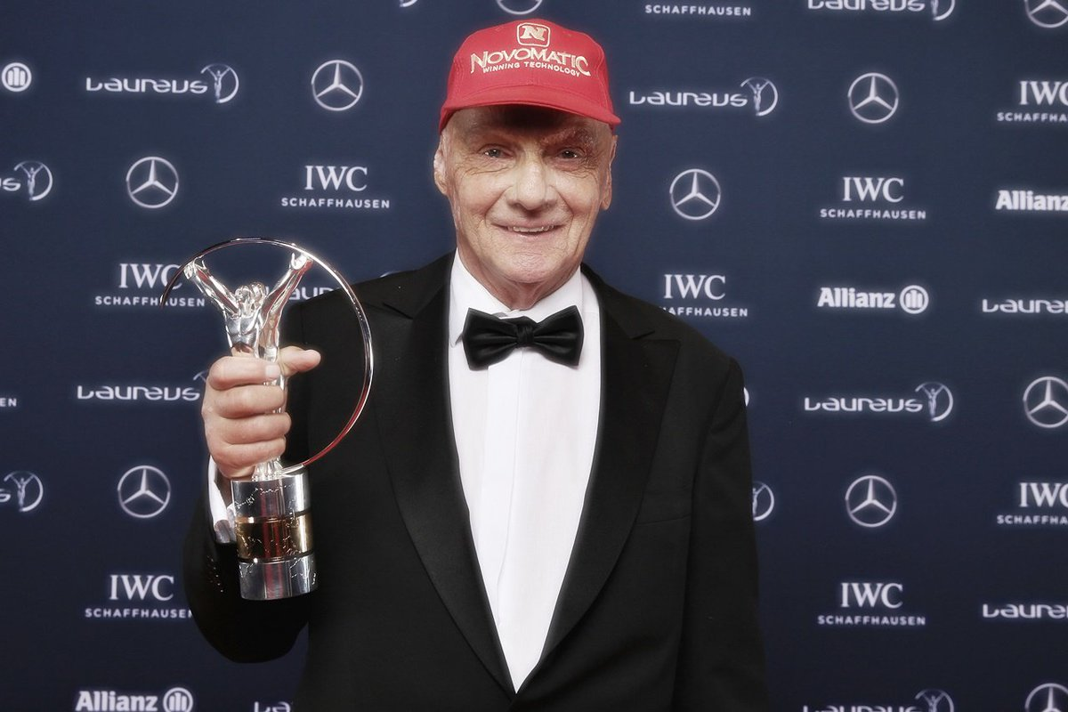 """Niki Lauda, 3 time #F1 Champion, has passed away at the age of 70.   From the Lauda family: """"With deep sadness, we announce that our beloved Niki has peacefully passed away with his family on Monday.""""   Thoughts & condolences go out to Niki's family and friends at this time. #RIP"""
