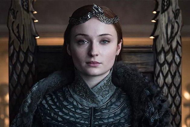 "Sophie Turner Blasts ""Disrespectful"" Petition Demanding 'Game Of Thrones' Season 8 Remake https://deadline.com/2019/05/sophie-turner-blasts-disrespectful-petition-demanding-game-of-thrones-season-8-remake-1202619553/?utm_source=dlvr.it&utm_medium=twitter…"