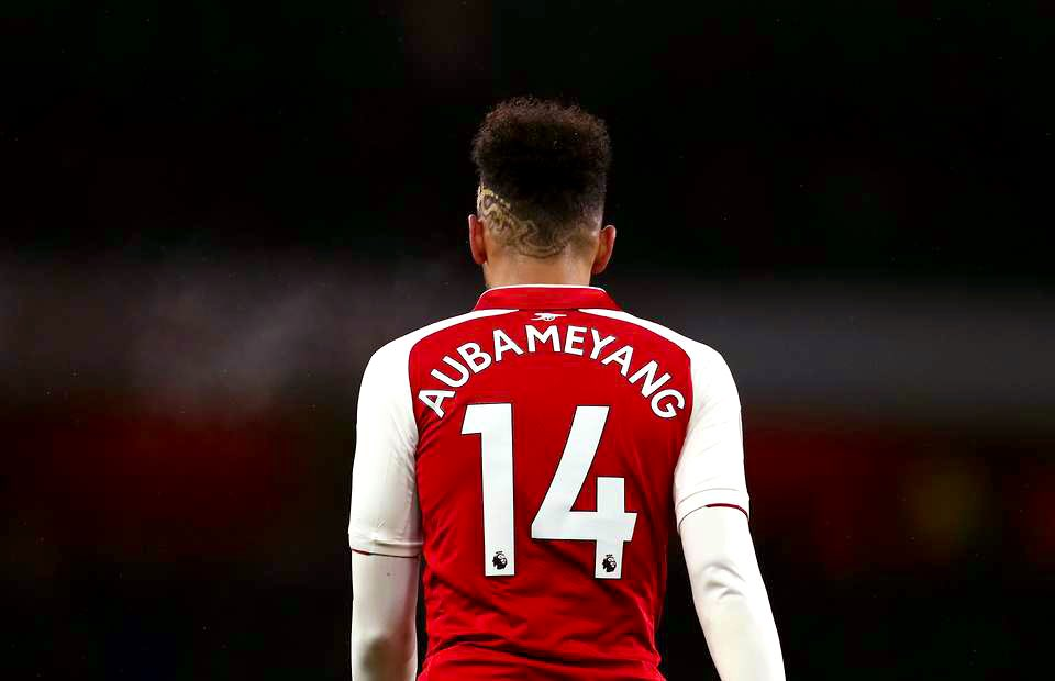 "#Aubameyang: ""I want my name to become an #Arsenal legend.""<br>http://pic.twitter.com/4BH78QPiTh"