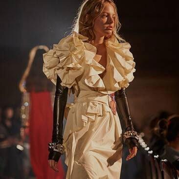 Le groupe Kering ne va travailler qu'avec des mannequins majeurs https://www.fashions-addict.com/Le-groupe-Kering-ne-va-travailler-qu-avec-des-mannequins-majeurs_408___18558.html…  #mode #luxe #fashion #model #mannequin