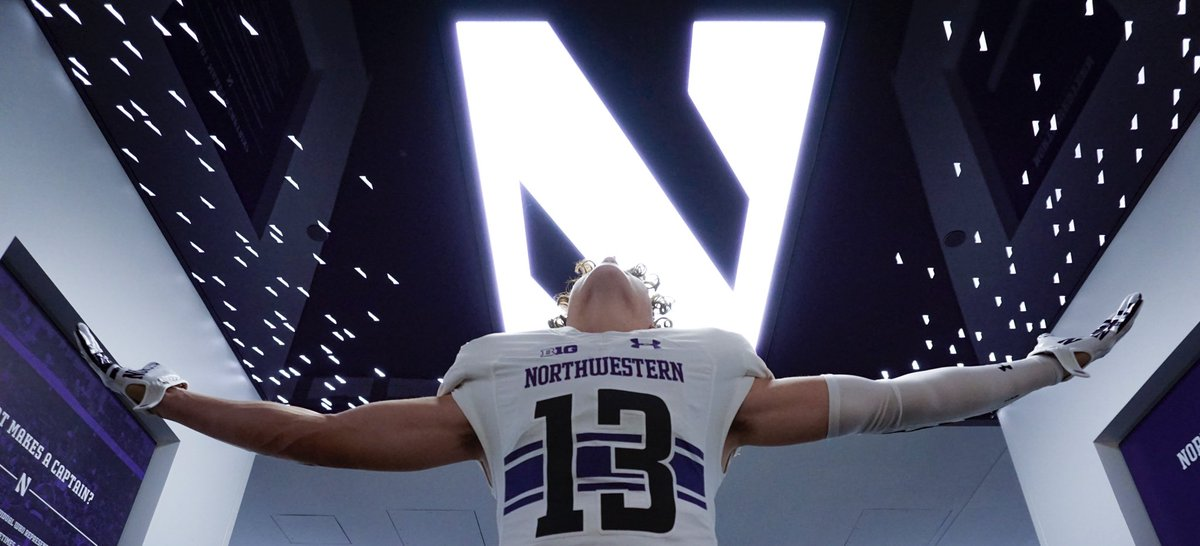 HUGE thank you to all the coaches and staff at Northwestern for having meOfficial visit was AMAZING#B1GCats #blessed @coachfitz51 @NU_CoachMac<br>http://pic.twitter.com/0hq782gbCG