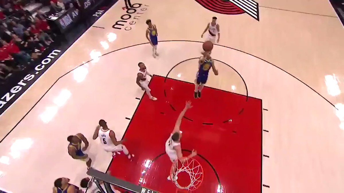 Draymond Green provides a helping hand for your Heads Up Play of the Day!