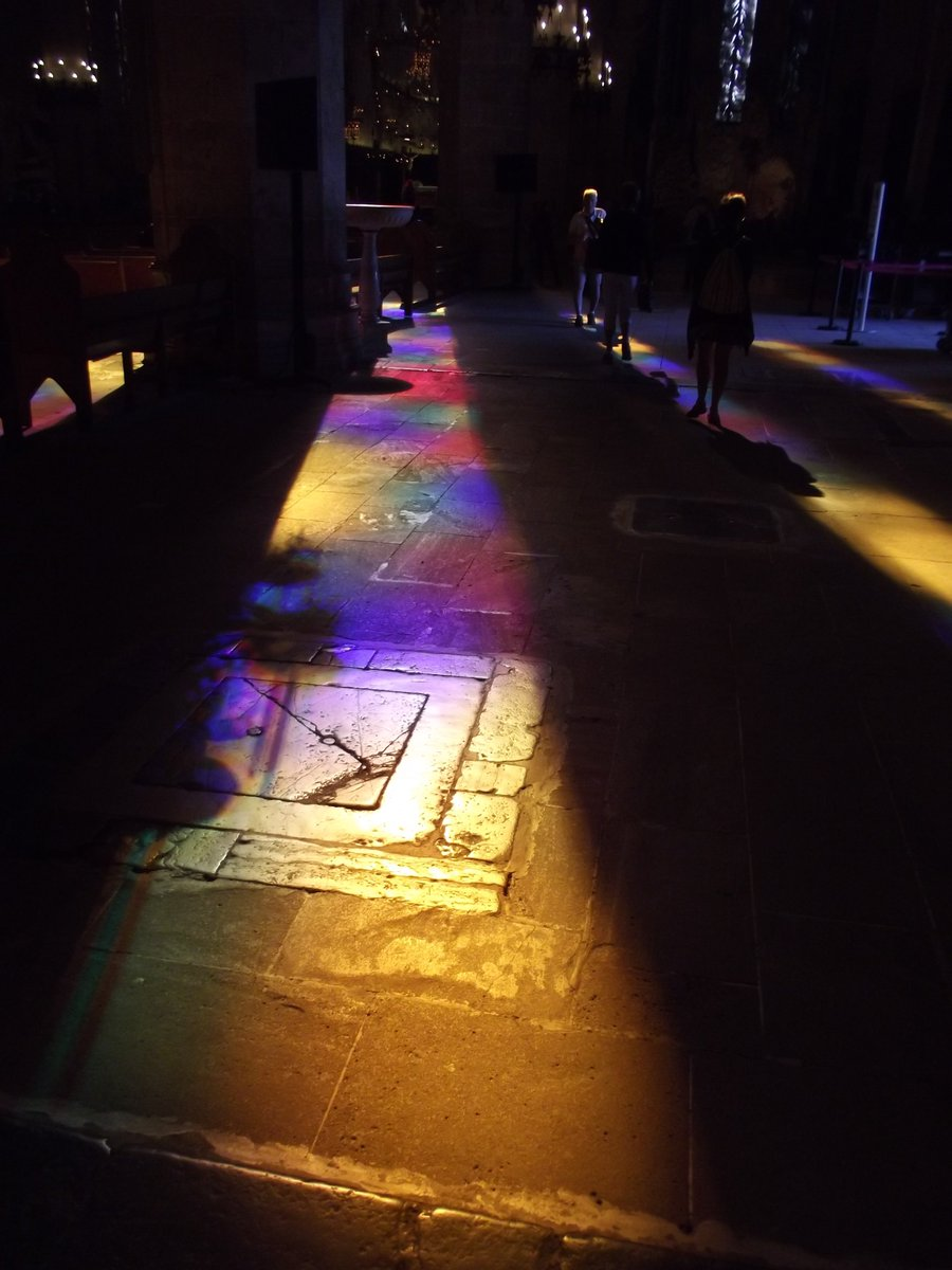 The lightfrom the stained glass window also illuminated the cathedral's floor. https://t.co/tt0DuoYkO5