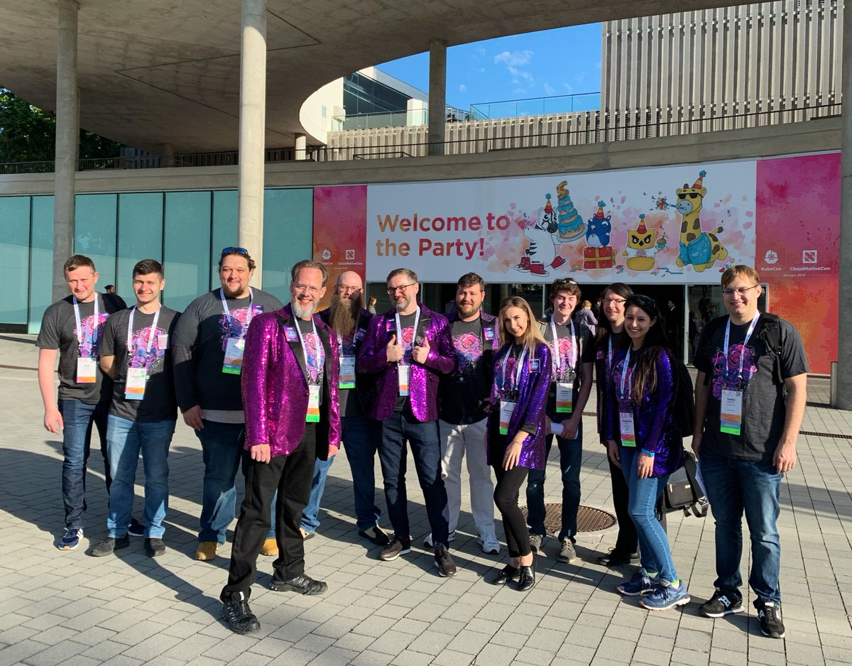 The Supergiant team at #KubeCon + #CloudNativeCon Europe!  Visit us at booth #G1 to chat all things #k8s