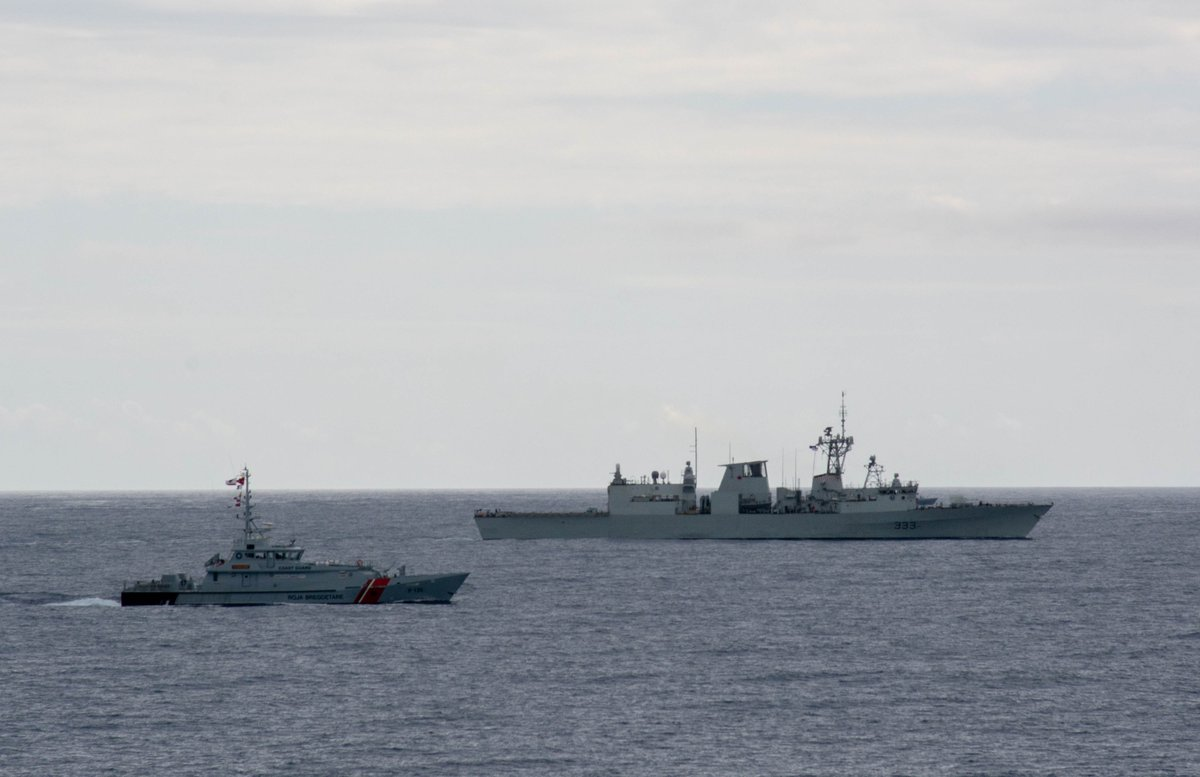 After a port visit to 🇦🇱Durres, Albania Standing #NATO Maritime Group Two (SNMG2) trained together with the Albanian Coast Guard, conducting fast boat defense, refuelling-at-sea approaches and manoeuvring exercises in the #AdriaticSea highlighting Allied #interoperability.