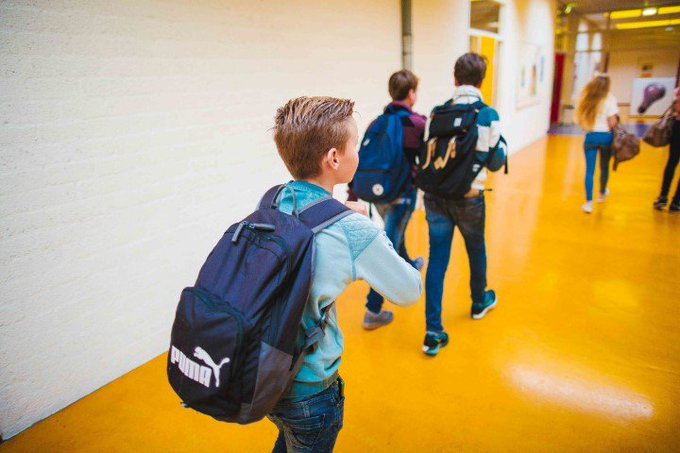 ADV; ISW start met Montessorionderwijs en gaat naar één Vakcollege-locatie https://t.co/Cxsa7LWE7z https://t.co/fuEQn7iDow