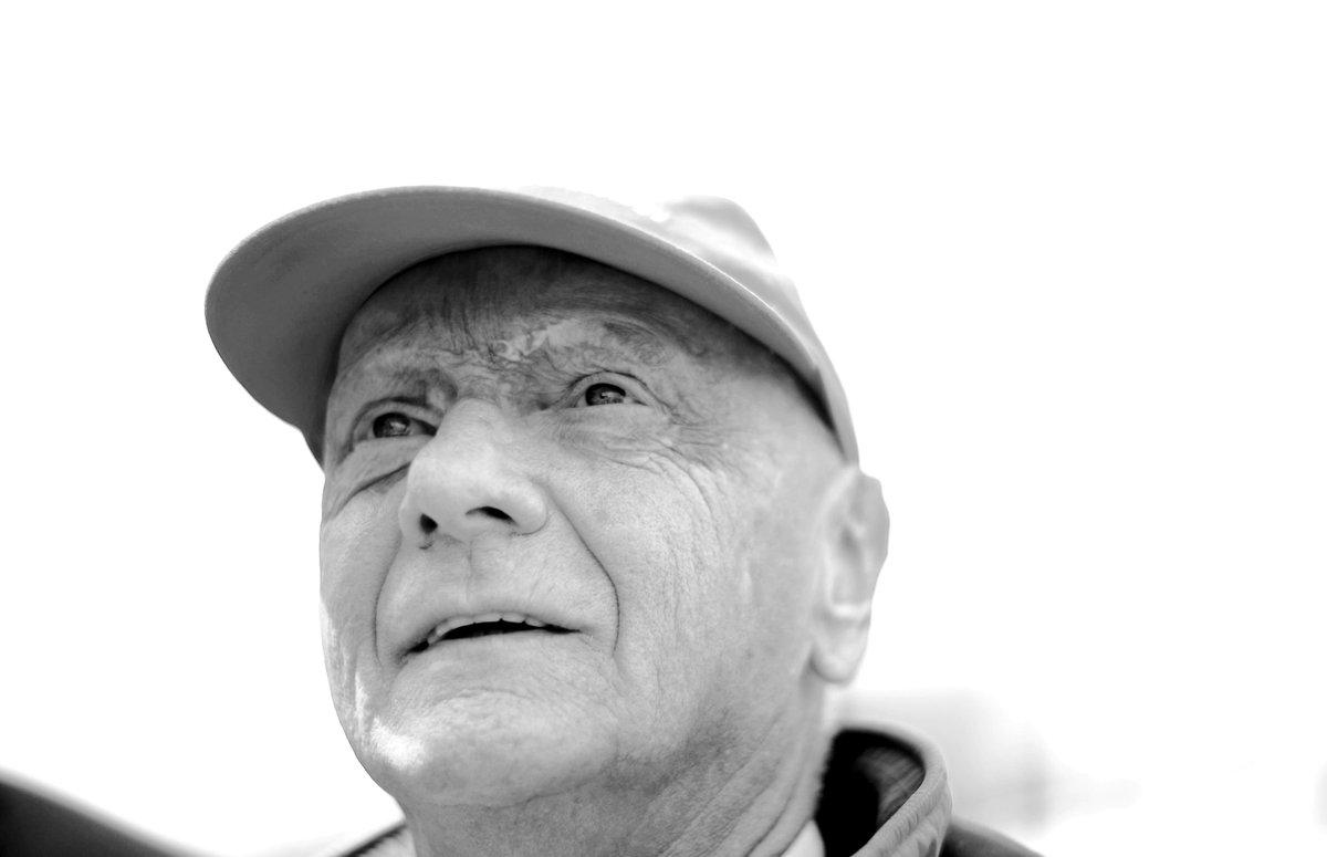 Ein Champion ist von uns gegangen.   Ruhe in Frieden, Niki Lauda! 🙏  #RIP #NikiLauda